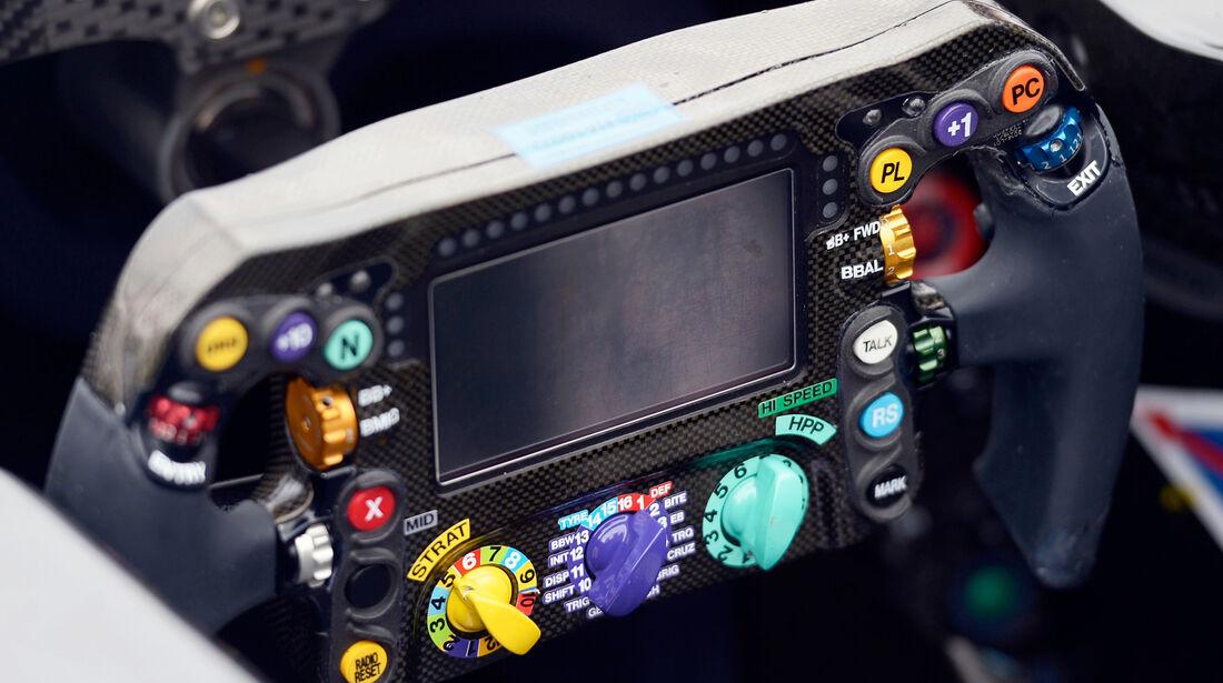 Mercedes Lenkrad 2014 - Lewis Hamilton