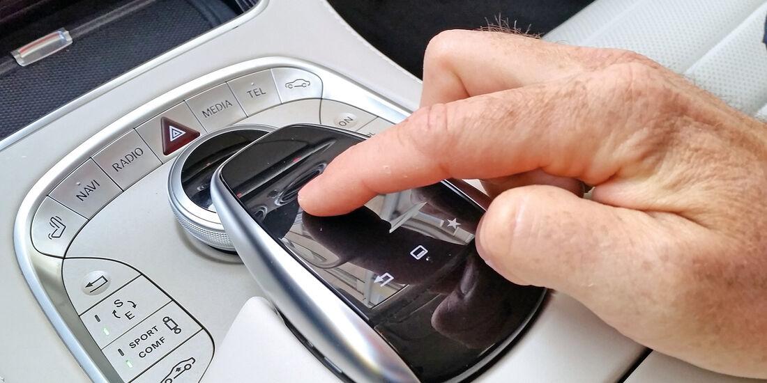 Mercedes S 500 4Matic Coupé, Infotainment