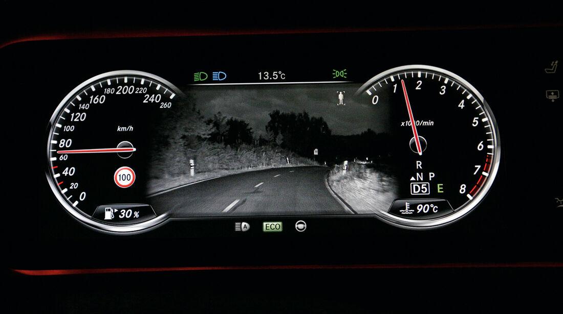Mercedes S 500 L, Nachtsichtassistent