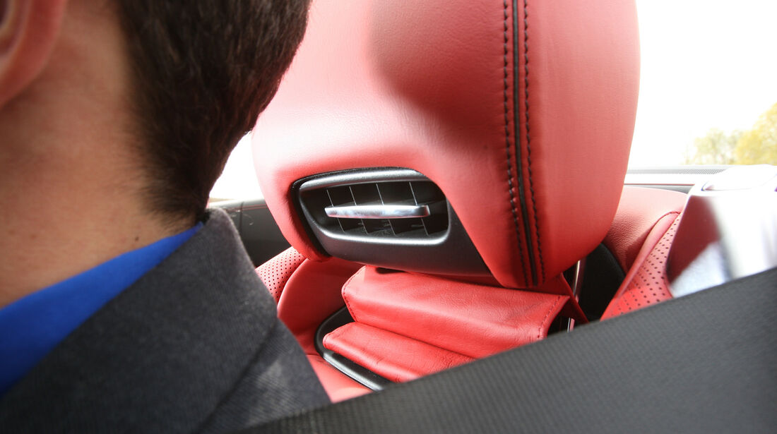 Mercedes SL 350, Nackenföhn, Kopfstütze