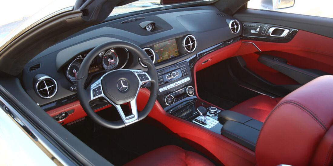 Mercedes SL 500, Cockpit, Lenkrad