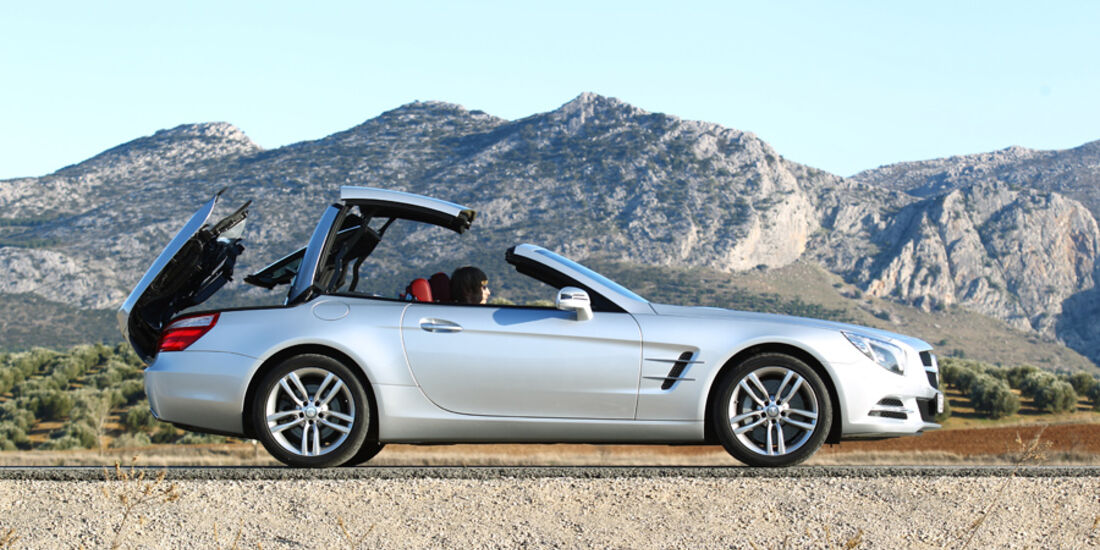 Mercedes SL 500, Seitenansicht, Cabrio, Dach schließt