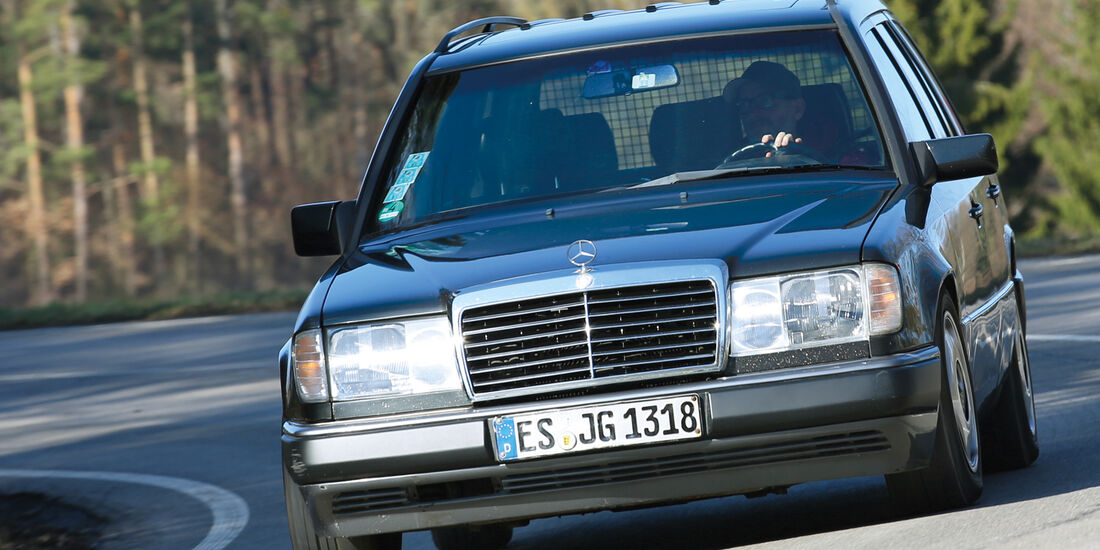 Mercedes T-Modell (S124), Frontansicht