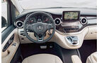Mercedes V 250 Bluetec, Cockpit