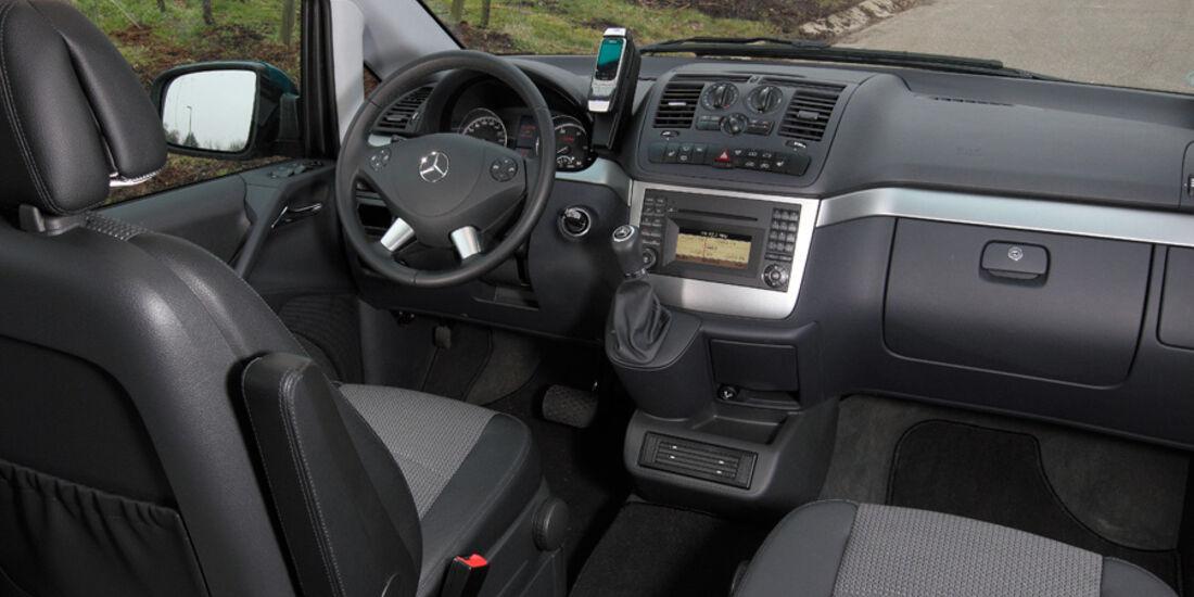 Mercedes Viano 2.2 CDI 4matic, Cockpit, Innenraum
