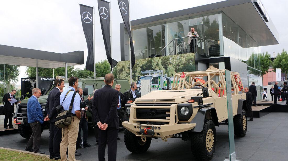 Mercedes auf der Eurosatory Paris 2016