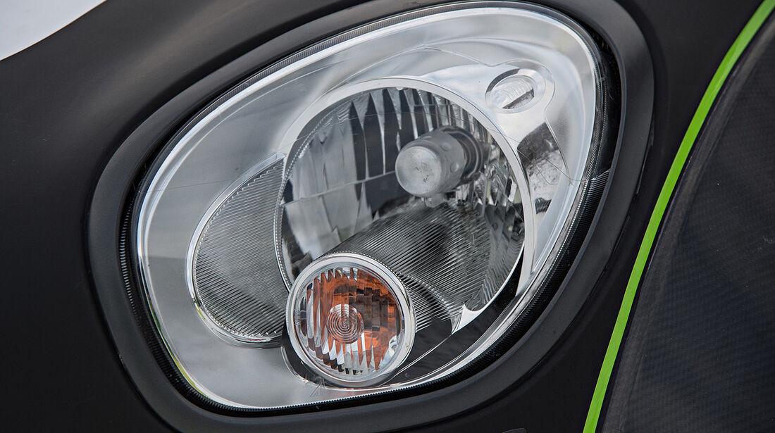 Mini All4 Racing, Rallye Dakar, Scheinwerfer