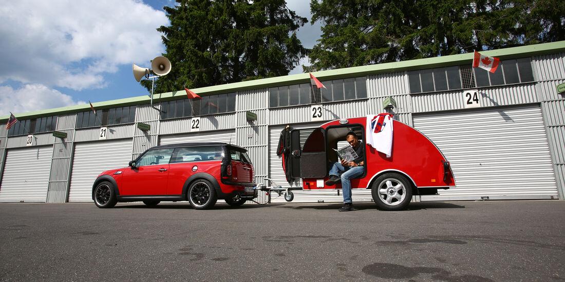 Mini Clubmann Cooper SD mit Cowley, Seitenanciht