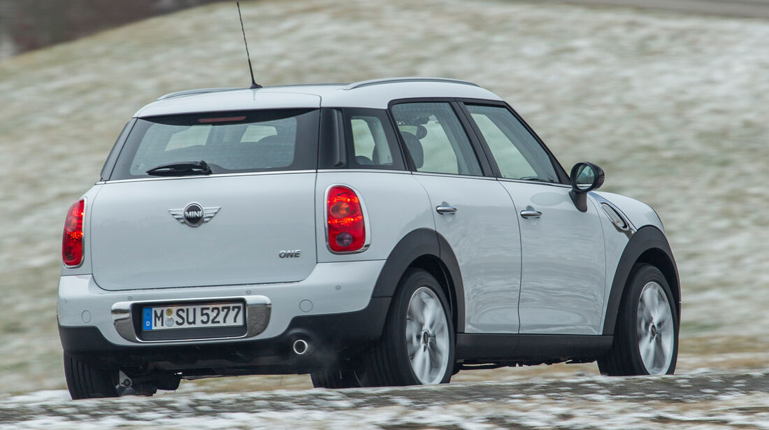 Mini One Countryman, Heckansicht
