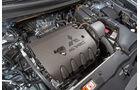 Mitsubishi Outlander, Motor