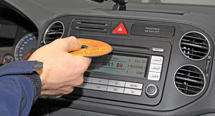 navigationsradio nachr sten so gut wie ab werk auto. Black Bedroom Furniture Sets. Home Design Ideas