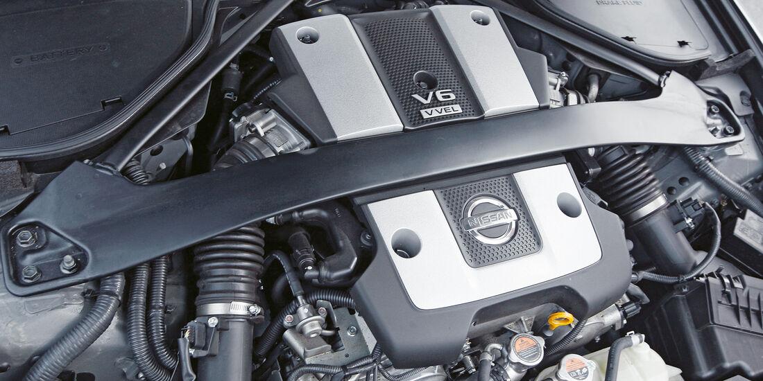 Nissan 370Z Roadster, Motor