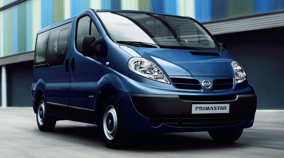 Nissan Avantour