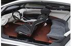 Nissan Ellure Innenraum