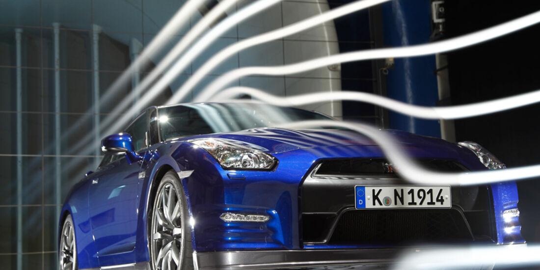 Nissan GT-R, Frontansicht, Windkanal