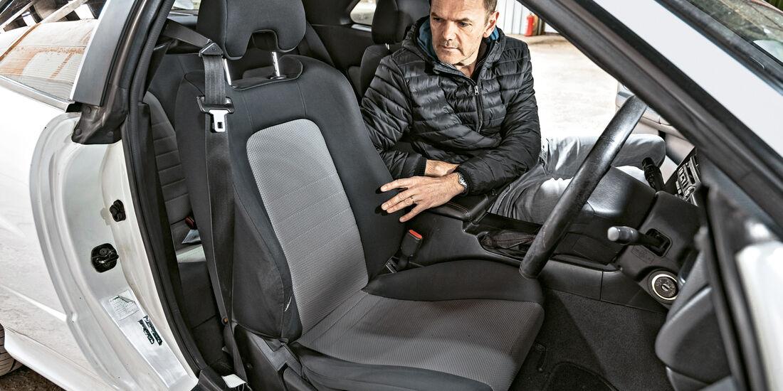 Nissan Skyline, Sitze