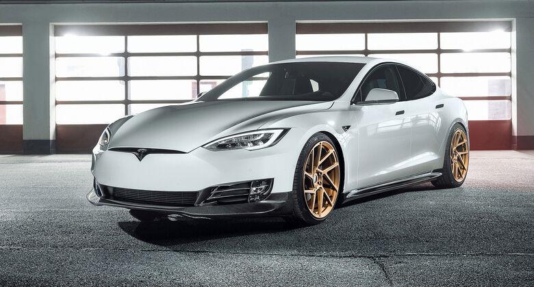 Novitec Tesla Model S