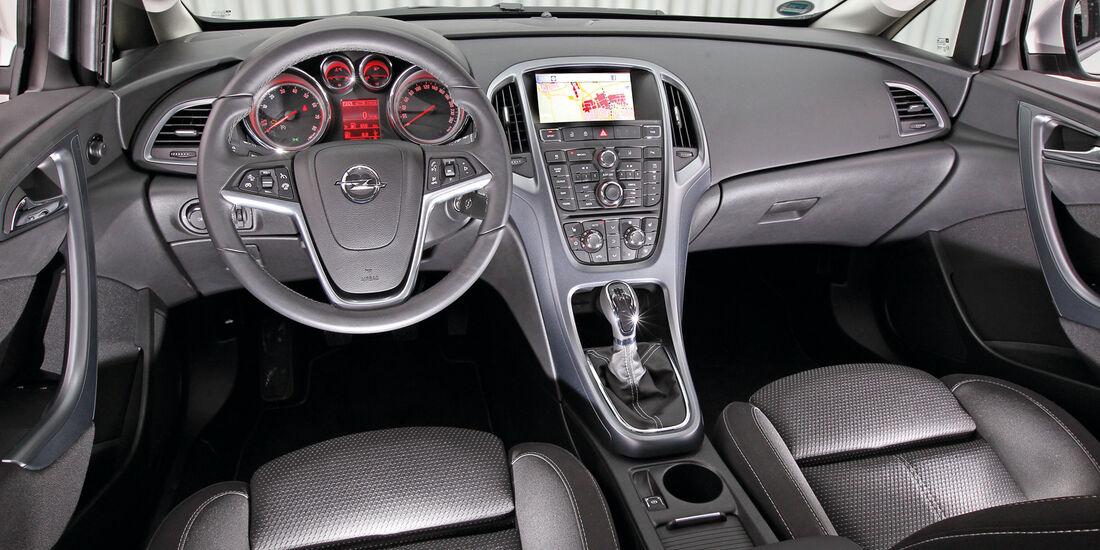 Opel Astra 1.4 Turbo Fun,  Cockpit