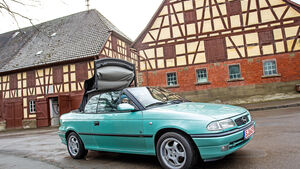 Opel Astra Cabrio 1.6i Bertone Edition, Seitenansicht