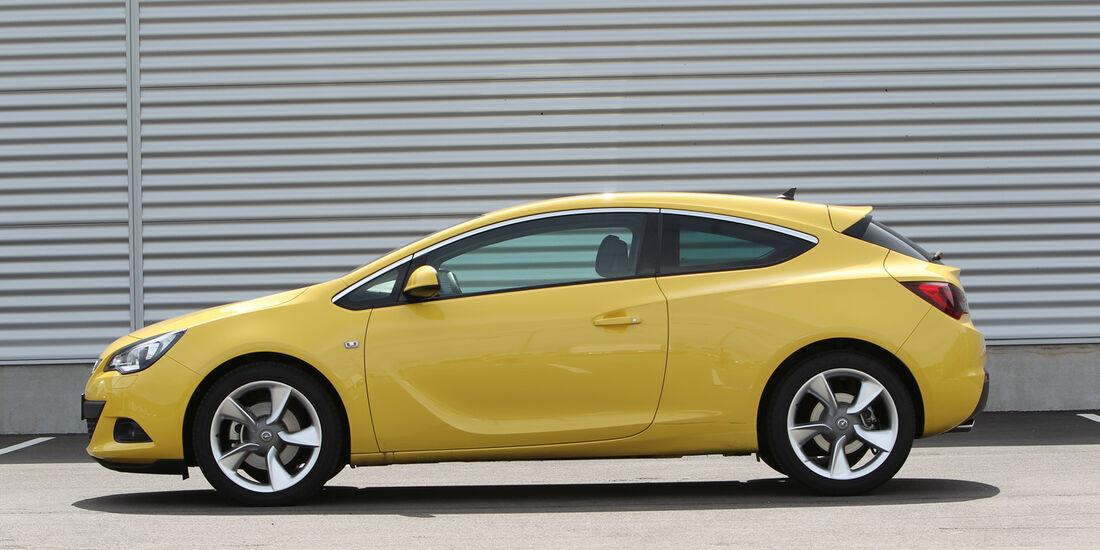Opel Astra GTC 1.4 Turbo, Seitenansicht
