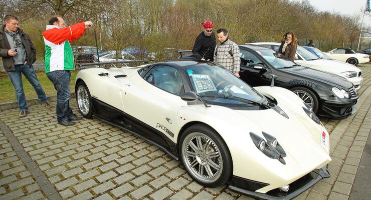 Opel Astra OPC, Nordschleife, Parkplatz