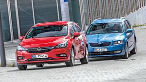 Opel Astra Sports Tourer 1.6 Biturbo CDTI, Skoda Octavia Combi 2.0 TDI