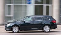 Opel Astra Sports Tourer 1.6 CDTI, Seitenansicht