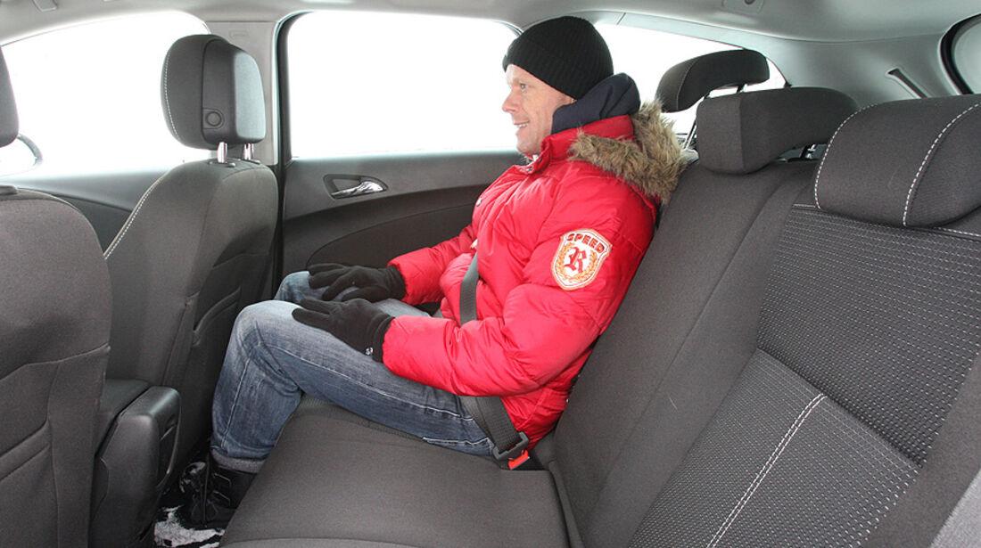 Opel Astra Sports Tourer 2.0 CDTi Sport Innenraum