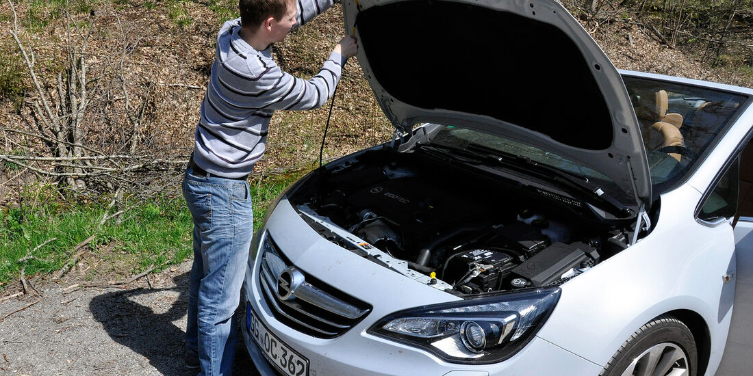 Opel Cascada, Motorhaube