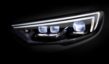 Opel Insignia Grand Sport, Frontscheinwerfer