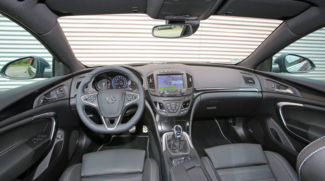 Opel Insignia OPC Sports Tourer Unlimited, Cockpit