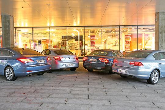 Opel Insignia, Skoda Superb, VW Passat, Hyundai i40, Frontansicht