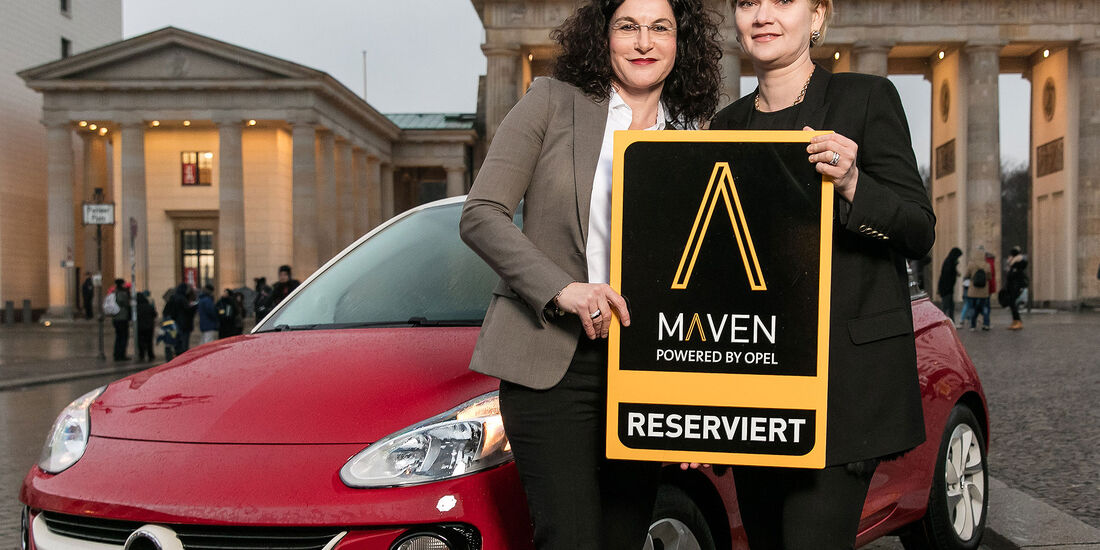 Opel-Marketingchefin Tina Müller (links) und Julia Steyn, Vice President Urban Mobility and Maven bei GM