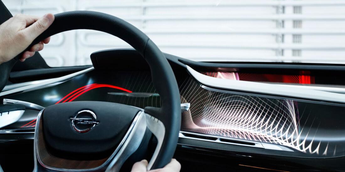 Opel Monza, Cockpit