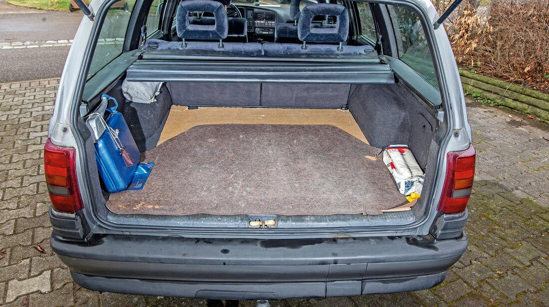 Opel Omega A Caravan, Kofferraum