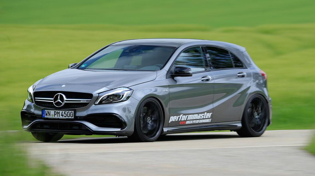 Performmaster-Mercedes-AMG A 45, Seitenansicht