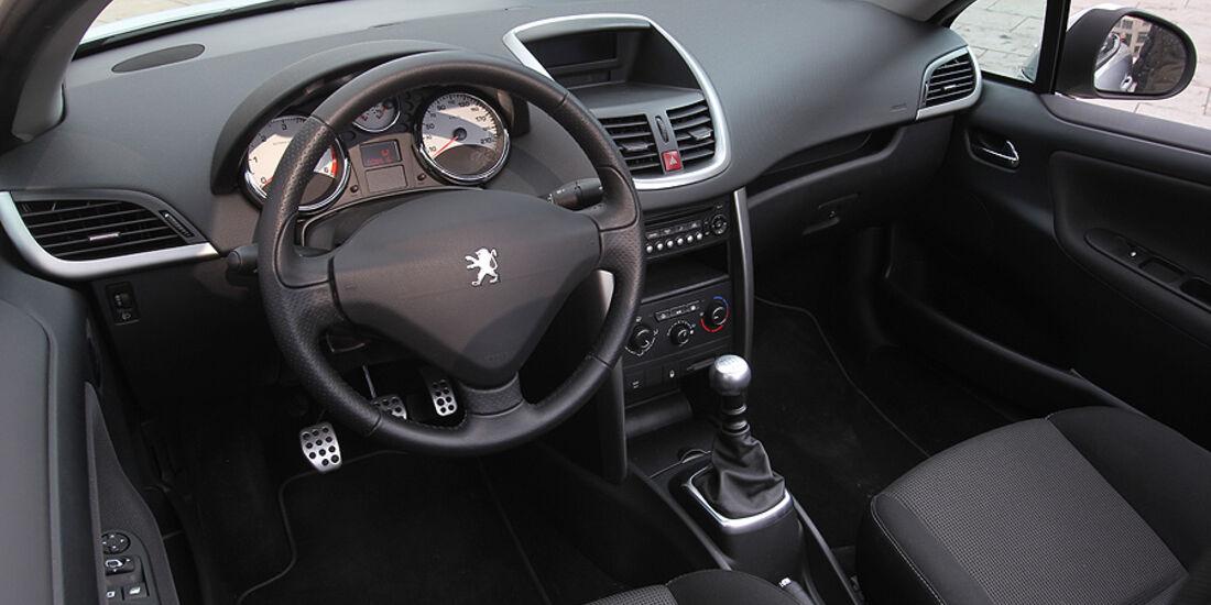 Peugeot 207 CC, Cabrio, Cockpit