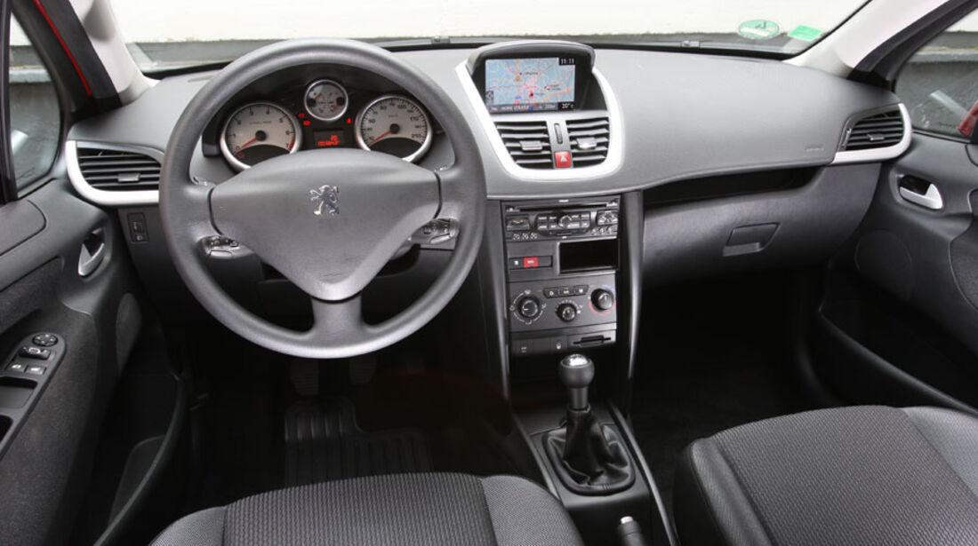 Peugeot 207 Vti, Cockpit