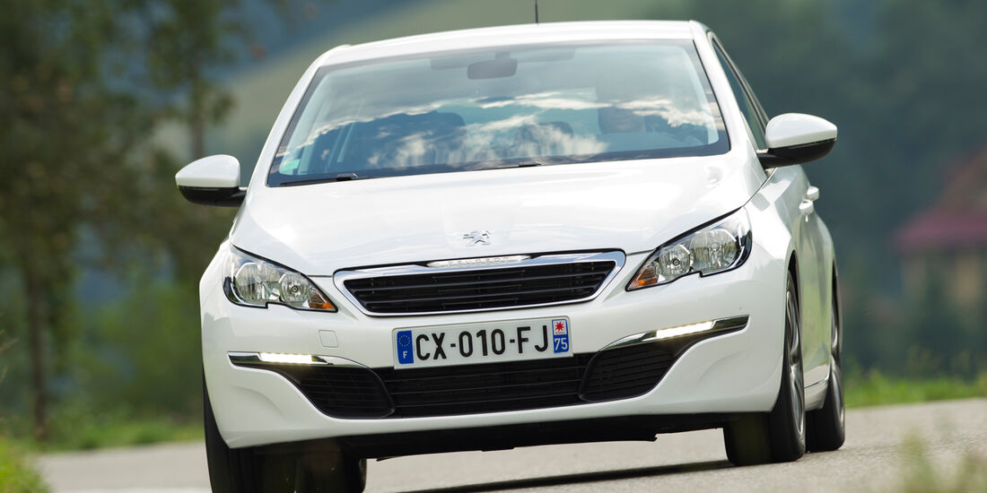Peugeot 308 125 THP, Frontansicht