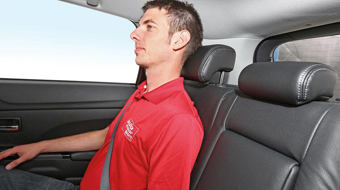 Peugeot 4008 1.8 HDi FAP 150 Allure, Rücksitz, KopfstŸtze