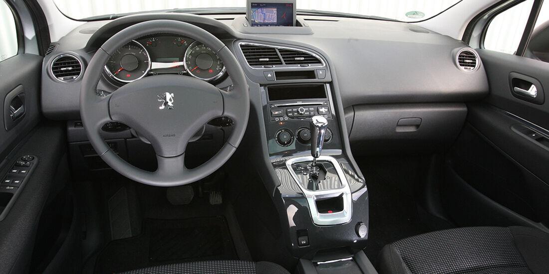 Peugeot 5008, Cockpit