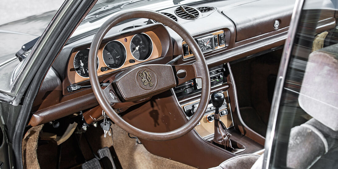 Peugeot 504 TI Coupé, Cockpit