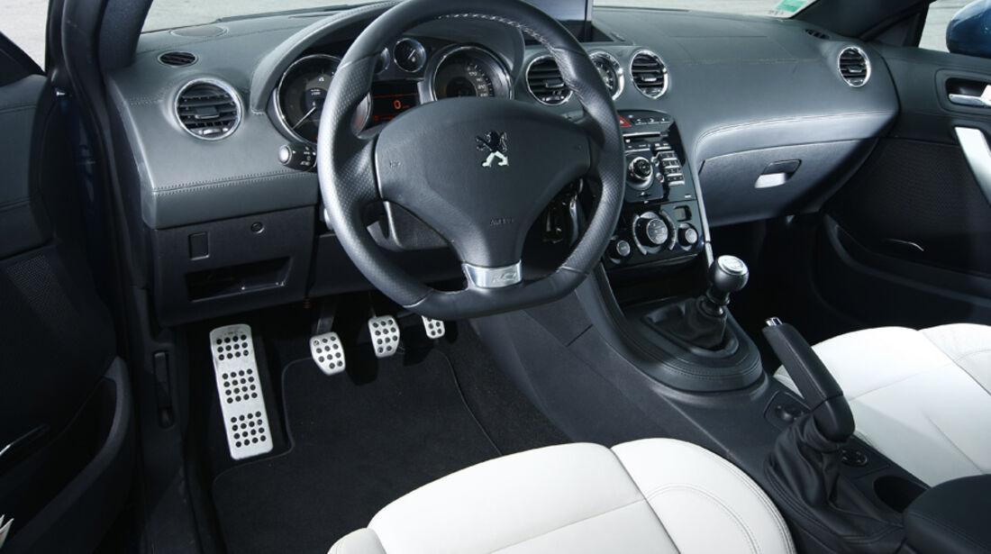 Peugeot RCZ 1.6 200 THP Cockpit