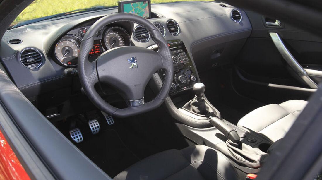 Peugeot RCZ, Innenraum, Cockpit