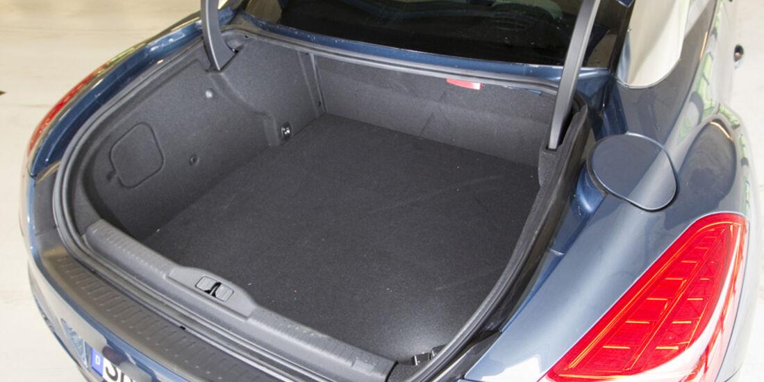 Peugeot RCZ Kofferraum