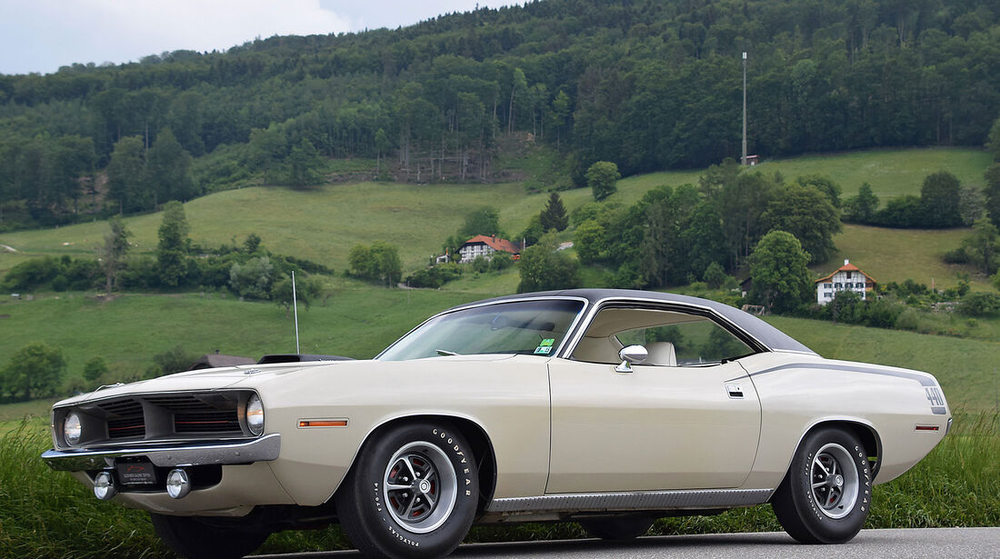 Plymouth-Cuda-440-Six-Pack-1971