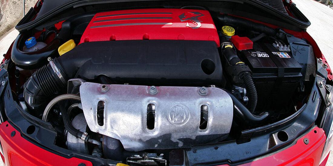 Pogea Racing Fiat 500 Abarth Ferrari Dealer Edition