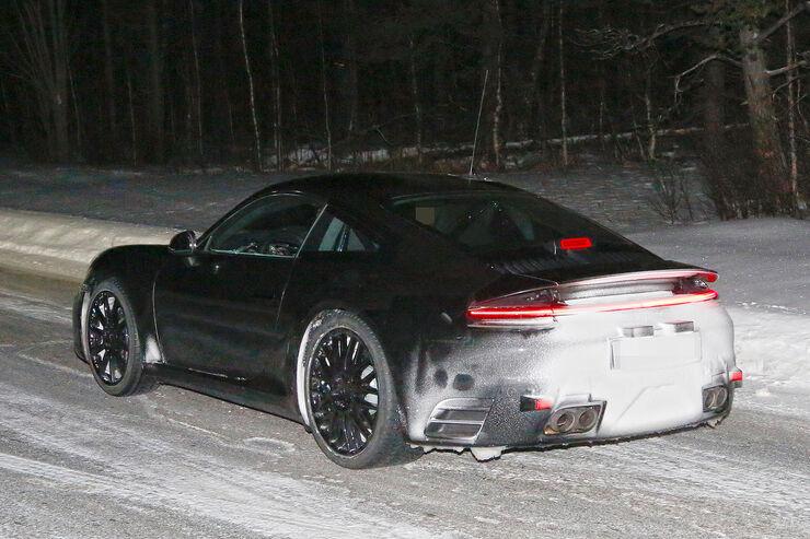 Porsche-911-Erlkoenig-2018-fotoshowBig-5d66bf1f-1004708