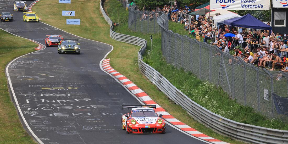 Porsche 911 GT3 - Startnummer #31 - 24h-Rennen Nürburgring - Nordschleife - Samstag - 12.5.2018