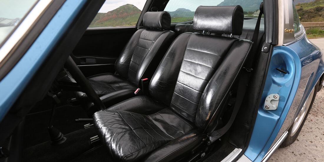 Porsche 911 S 2.2 Targa, Fahrersitz